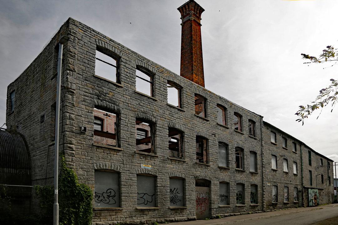 Bailey's-Building